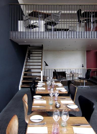 fotostrecke design mit meerblick restaurant jacobsen klampenborg bild 6 sch ner wohnen. Black Bedroom Furniture Sets. Home Design Ideas