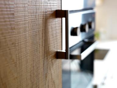 neu im herbst k chenfront norje mit eichenfurnier bild 8 sch ner wohnen. Black Bedroom Furniture Sets. Home Design Ideas