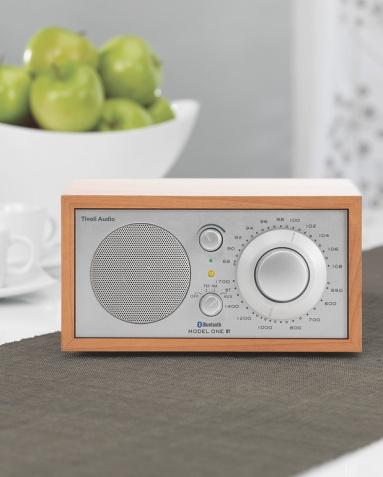 wohnen mit technik kompaktes kuechenradio model  bt