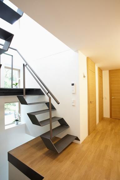 bestens modernisiert architektur mit geometrie bild 7 sch ner wohnen. Black Bedroom Furniture Sets. Home Design Ideas