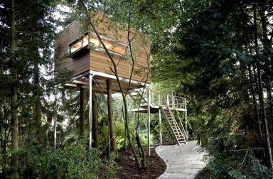 zwischen den wipfeln baumhaus von baumraum bild 11 sch ner wohnen. Black Bedroom Furniture Sets. Home Design Ideas