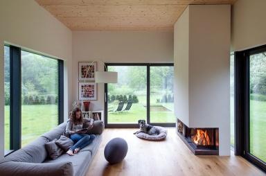 haus des jahres gartenzimmer mit kamin bild 3 sch ner wohnen. Black Bedroom Furniture Sets. Home Design Ideas