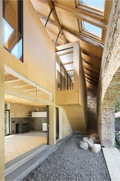 HÄUSER-AWARD 2014: Umbau einer Scheune zum Wohnhaus, innen