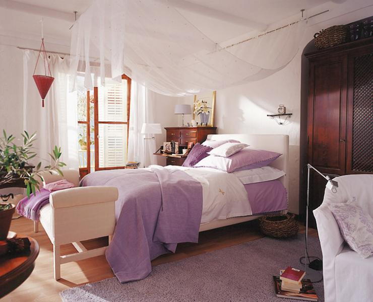 schlafzimmer zeigt sich klassisch modern schlafzimmer. Black Bedroom Furniture Sets. Home Design Ideas