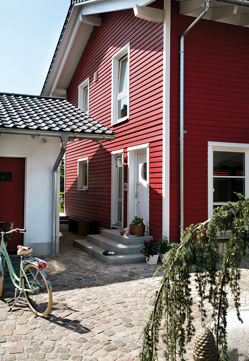 fertighaus im schwedenstil fertigh user sch ner wohnen. Black Bedroom Furniture Sets. Home Design Ideas