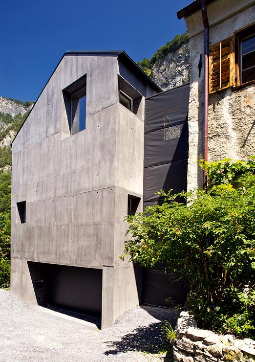 Bauernhaus mit monolithischem anbau umbau sch ner wohnen for Schaukelstuhl umbau