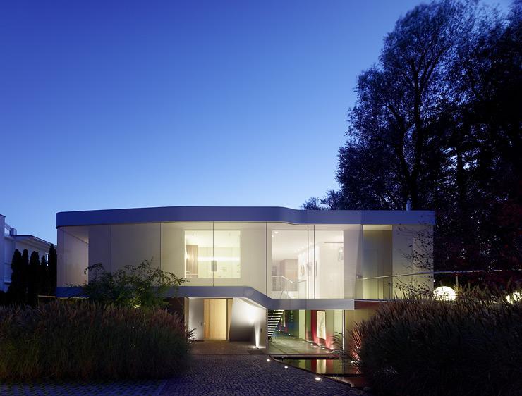 architektenh user villa mit flexiblem grundriss. Black Bedroom Furniture Sets. Home Design Ideas