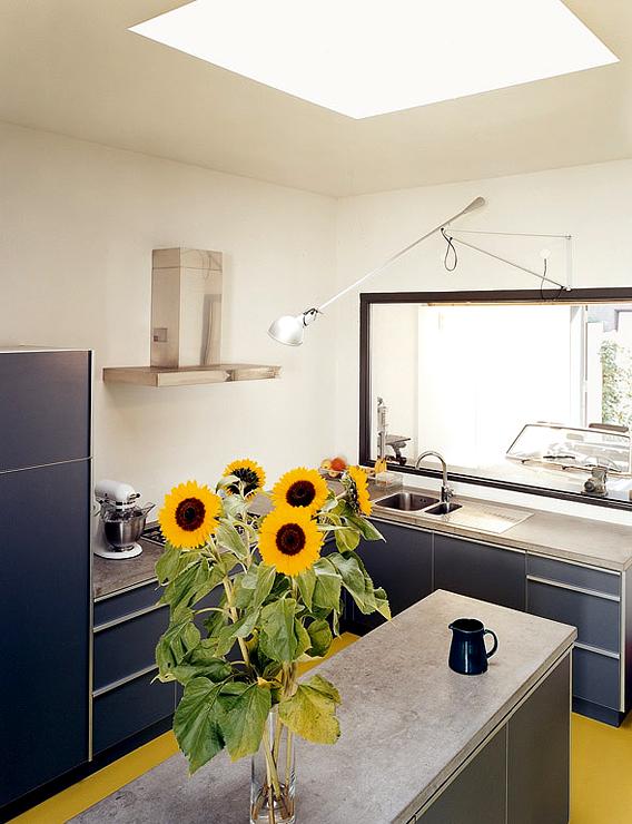 umgebaute hinterhofwerkstatt hofh user sch ner wohnen. Black Bedroom Furniture Sets. Home Design Ideas