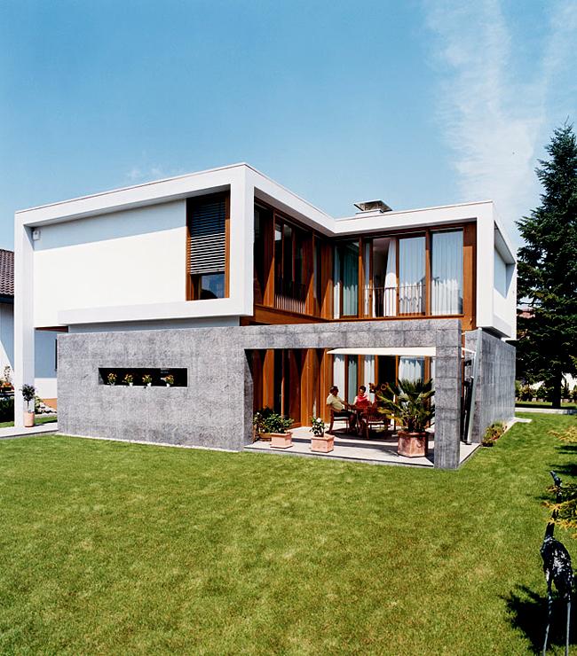 flachdachhaus mit ppiger verglasung sch ner wohnen. Black Bedroom Furniture Sets. Home Design Ideas