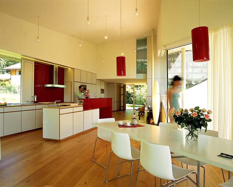 v f rmiges haus am hang hangh user sch ner wohnen. Black Bedroom Furniture Sets. Home Design Ideas