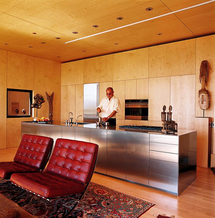 wohnarrangement aus rostigen containern kleine h user. Black Bedroom Furniture Sets. Home Design Ideas