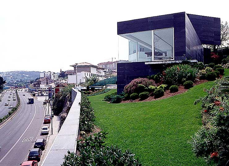 wohnkubus mit panoramafenstern sch ner wohnen. Black Bedroom Furniture Sets. Home Design Ideas