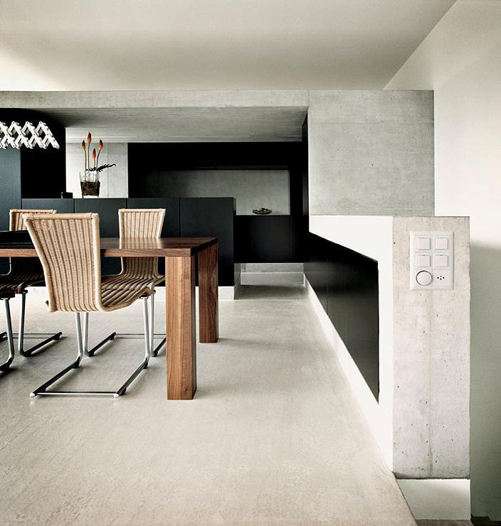 hanghaus aus glas und beton hangh user sch ner wohnen. Black Bedroom Furniture Sets. Home Design Ideas