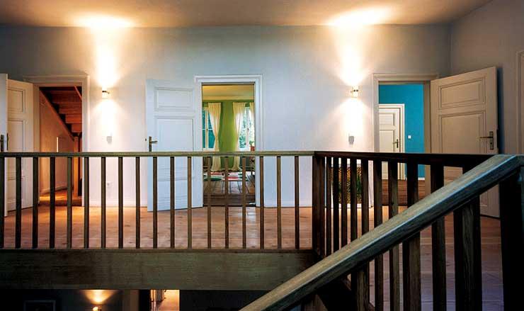 Repr sentatives einfamilienhaus umbau sch ner wohnen for Schaukelstuhl umbau
