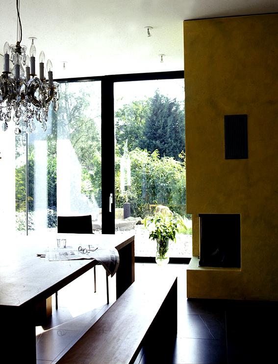gro z giges einfamilienhaus mit flachdach preisg nstige. Black Bedroom Furniture Sets. Home Design Ideas