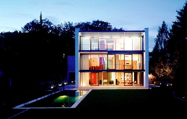 architektenh user wohnkubus mit gro er fensterfront sch ner wohnen. Black Bedroom Furniture Sets. Home Design Ideas