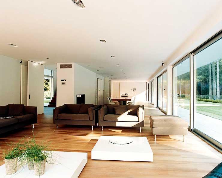 gro z giges flachdachhaus landh user sch ner wohnen. Black Bedroom Furniture Sets. Home Design Ideas