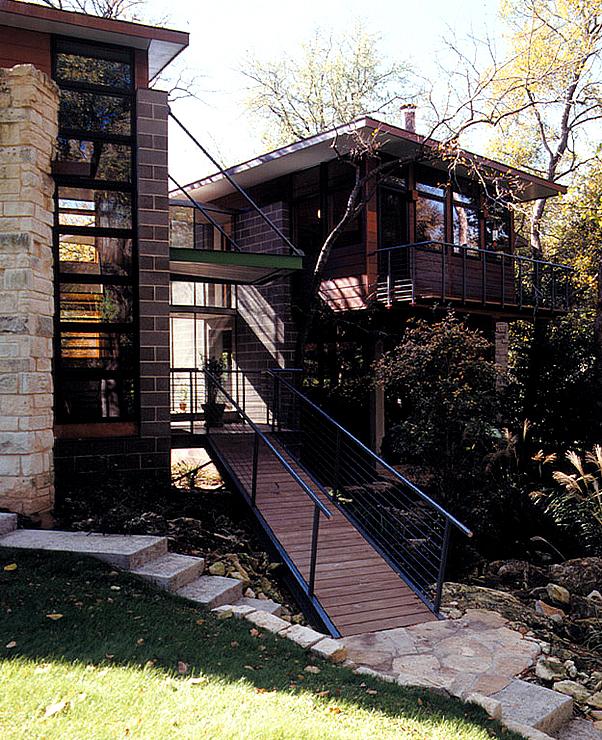 zweigeteiltes steinhaus sch ner wohnen. Black Bedroom Furniture Sets. Home Design Ideas