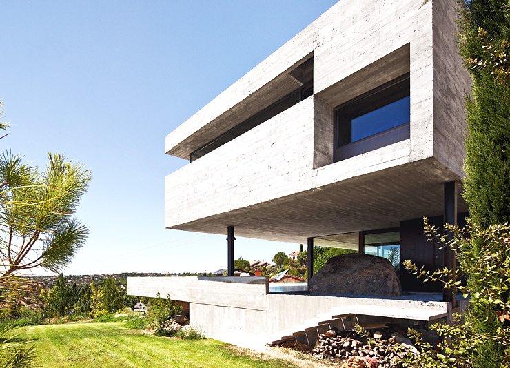 kosteng nstiges doppelhaus aus beton k hlende architektur sch ner wohnen. Black Bedroom Furniture Sets. Home Design Ideas