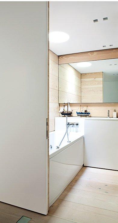 moderner glaspavillon am luganer see hangh user sch ner wohnen. Black Bedroom Furniture Sets. Home Design Ideas