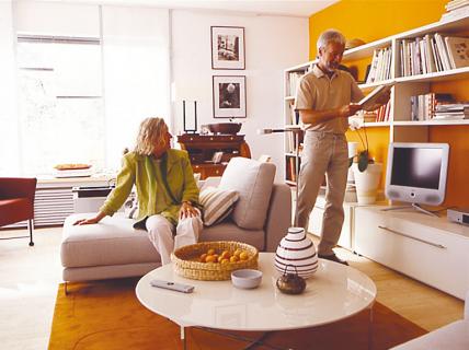 endlich viel stauraum. Black Bedroom Furniture Sets. Home Design Ideas