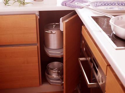 k che pisa gro er raum sch ner wohnen. Black Bedroom Furniture Sets. Home Design Ideas
