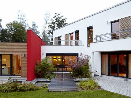 hersteller luxhaus fertigh user sch ner wohnen. Black Bedroom Furniture Sets. Home Design Ideas